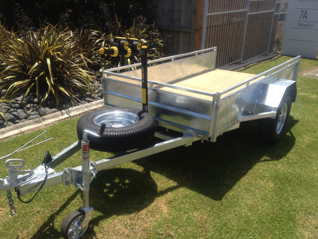 box trailer with accessories