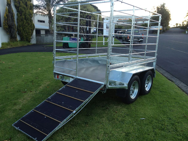 stock trailer with stock cage
