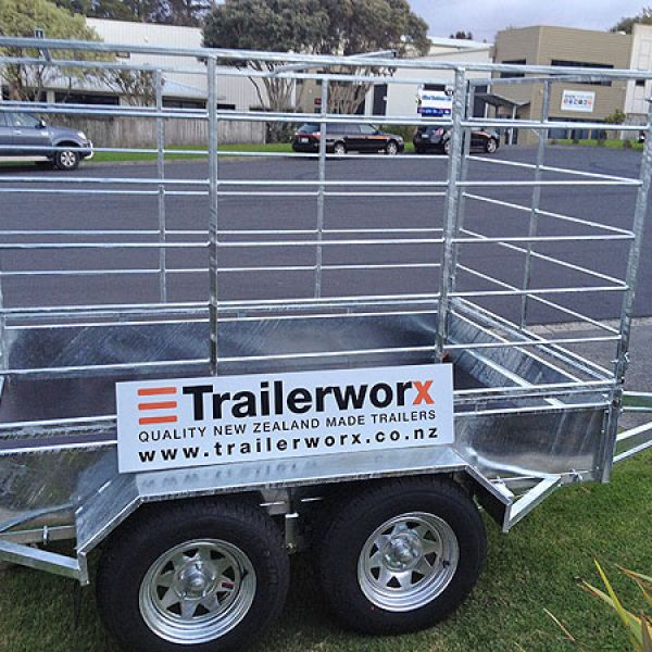 farm trailer with stock crate